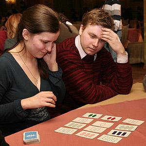 Настольная игра Сет (Set) на Игротеке в арт-кафе Дуров, 2009год